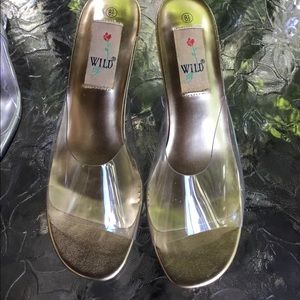 "2 pair of ""Wild Rose""clear plastic material shoes."